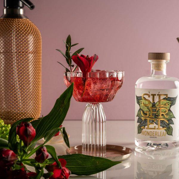 Siegfried Wonderleaf - Cocktail mit Blumen